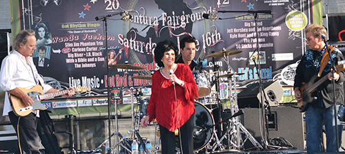 "Wanda Jackson ""The Queen of Rockabilly"" performing at the Roadshow Revival concert"